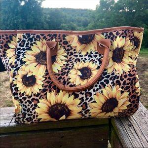 Handbags - ❗️Last One❗️Leopard Sunflower Tote